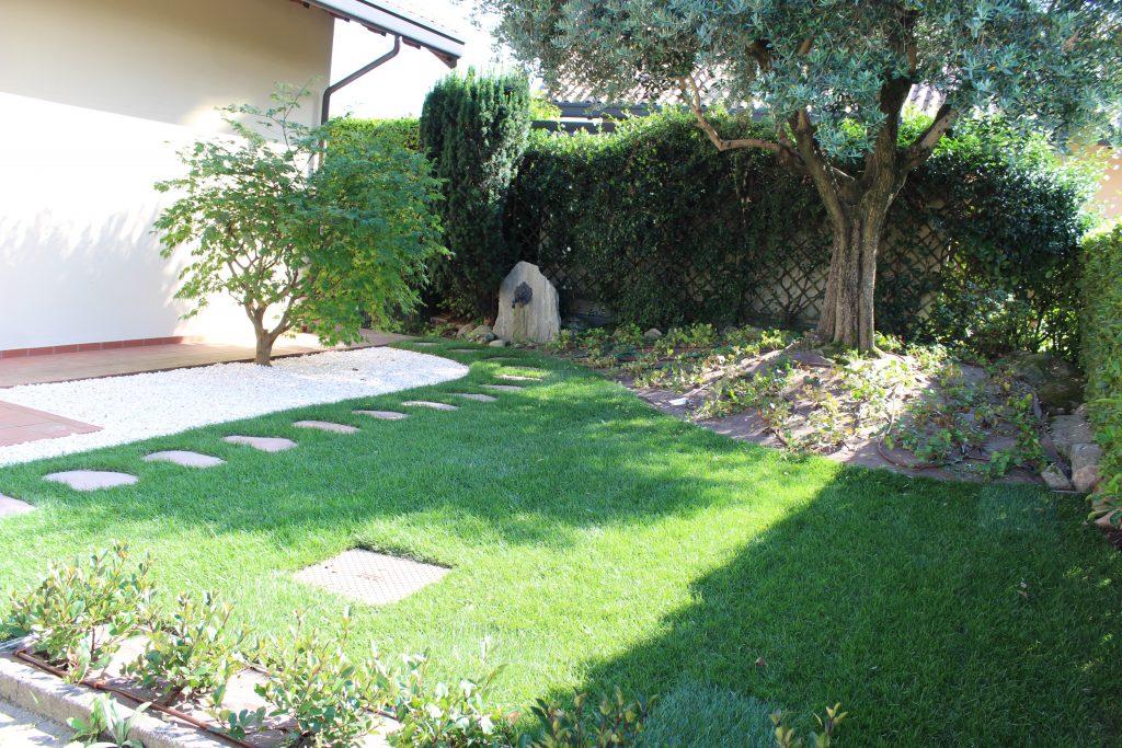Terrazzo giardino dopo intetrvento verdedesign.it azienda floricola donetti